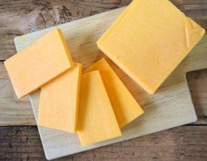 【ハードチーズとは?】作り方や特徴、おすすめの食べ方をご紹介