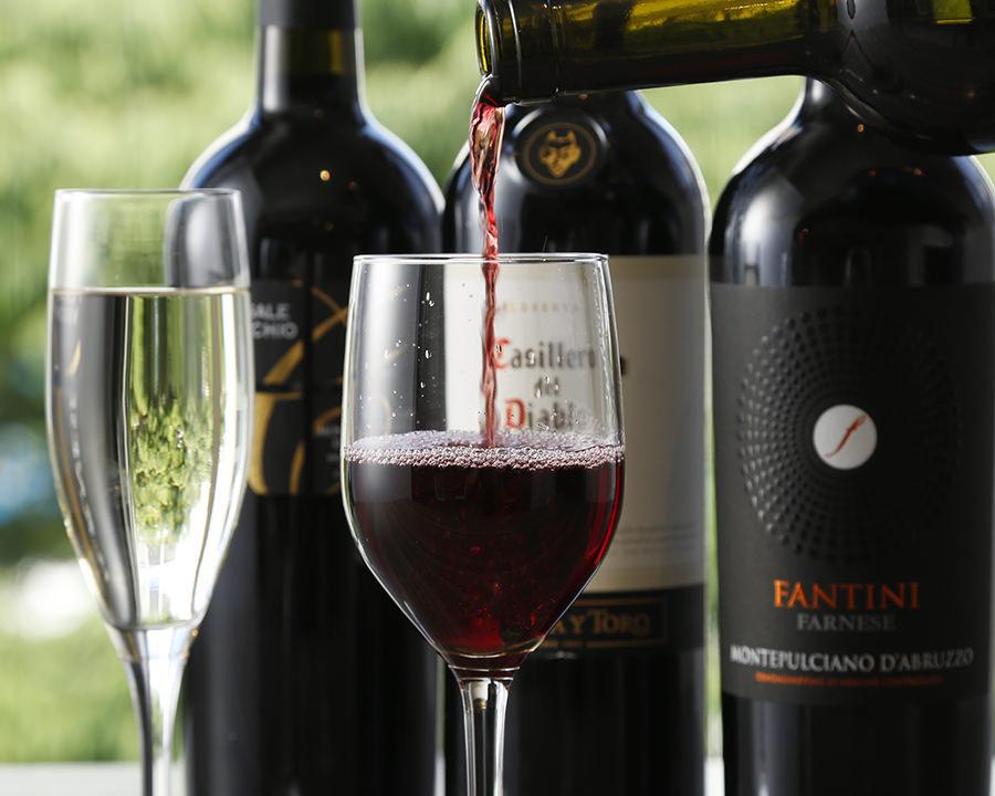 CANTINA立川のグラスワイン
